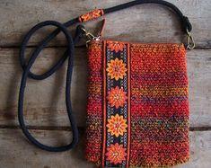 SUZIE.......heel handig en prachtig tasje voor je mobiel, sleutels, make-up etc.