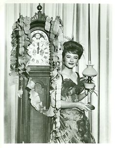 AMANDA BLAKE GRANDFATHER CLOCK PORTRAIT GUNSMOKE ORIGINAL 1964 CBS TV PHOTO