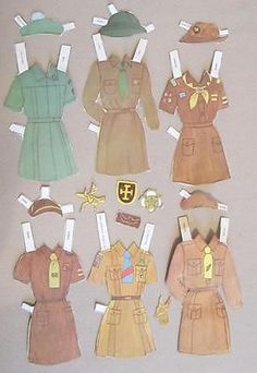 VINTAGE LOT OF BROWNIE GIRL SCOUT PAPER DOLLS FROM AROUND THE WORLD