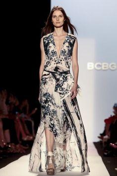 flowing maxidress - really like the print. #bcbgmaxazria #mbfw #ss14