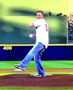 Chipper Jones throwing out the first pitch on Opening Day at Turner Field.