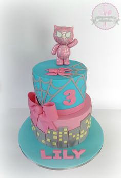 superhero girl hello kitty cake - Visit to grab an amazing super hero shirt now on sale! Girl Superhero Cake, Superhero Birthday Party, Cool Birthday Cakes, Birthday Cake Girls, Birthday Ideas, 3rd Birthday, Spiderman Torte, Batman Cakes, Fete Emma