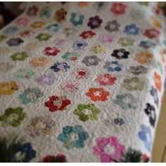 Sharing #mymostcherishedquilt its one of my most faves because I started making it on the drive to Quilt Market (a great time), I used 19 different mini charm packs (its a time capsule of fabric from that year), and it started my love of hexies. Thanks @xxnicke for the fun hashtag