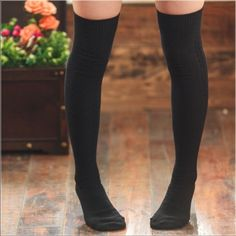 1 Pair of Sexy 100% Cotton Sexy Knee High Socks This listing is for 1 pair of Sexy 100% Cotton Socks. These socks are a must have to your wardrobe. Available in Black, Gray, Cream, Brown and Wine. Please leave me a comment with the color you would like before or after you pay. Accessories Hosiery & Socks