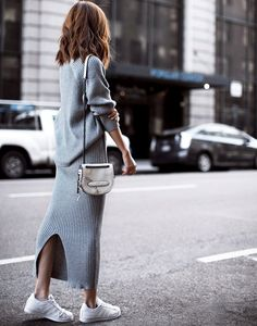 Street chic in knitted dress winter look com vestido, moda m Looks Street Style, Looks Style, Looks Cool, Autumn Street Style, Look Fashion, Winter Fashion, Fashion Outfits, Womens Fashion, Street Fashion