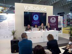 Presentación de las placas identificativas y de las bodegas en el stand de la Diputación Provincial de Valladolid y Ayuntamiento de Valladolid. INTUR 2014.