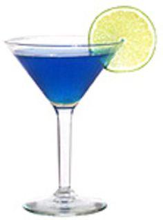 BLUE LAGOON.       Givrer les bords du verre (citron + sucre).  Versez dans le shaker 4 cl de vodka, 1 cl de curaçao bleu et 2 cl de jus de citron.     Frappez les ingrédients au shaker.   Versez le cocktail dans un verre à cocktail rempli de glaçons.   Vous pouvez décorer le verre avec une tranche de citron.