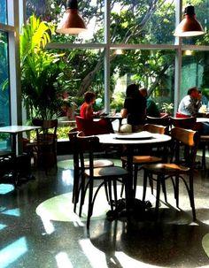 Caffé de Mokambo, Avenida Eugenio Mendoza, Caracas, Venezuela