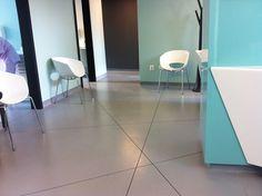 pardoseala din pvc acustic, speciala pentru mediul sanitar Tile Floor, Flooring, Projects, Home Decor, Log Projects, Blue Prints, Decoration Home, Room Decor, Tile Flooring
