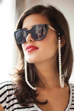 DIY: pearl sunglass strap