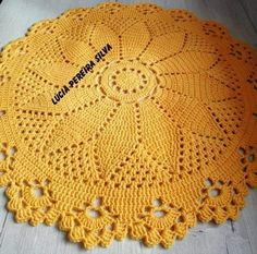 Red white doily 13 in-christmas doily-crochet doily-christmas decor-gift for christmas-red tableclot Crochet Round, Crochet Squares, Crochet Motif, Easy Crochet, Lace Doilies, Crochet Doilies, Crochet Placemat Patterns, Crochet Sunflower, Crochet Carpet