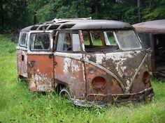 patrickaudet - 0 results for volkswagen bus Abandoned Churches, Abandoned Cars, Volkswagen Bus, Vw T1, Classic Trucks, Classic Cars, Combi Split, T2 Bus, Kdf Wagen