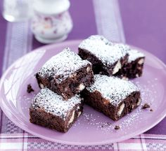 This easy triple chocolate brownie recipe has half the fat of a traditional version. Dark Chocolate Chips, Chocolate Brownies, Roast Pumpkin, Brownie Recipes, Chocolate Recipes, Baking With Kids, Vegetarian Chocolate, Healthy Chocolate, Baking Tins
