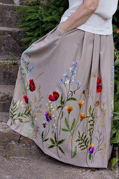 Order Long skirt in . Order Long skirt in …- Handmade skirts. Order Long skirt in … Handmade skirts. To order … – # Handembroiderydesignsbeautiful Hand Embroidery Design Patterns, Hand Embroidery Dress, Embroidery Suits Design, Embroidery On Clothes, Embroidery Flowers Pattern, Embroidered Clothes, Embroidery Fashion, Diy Embroidery, Handmade Skirts