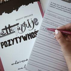 Wdzięczność, myslenie pozytywne, afirmacje. Pozytywny lettering czyli nauka kaligrafii i terapia w jednym. #positivevibes #pozytywnenastawienie #letteringuje Notebook, Bullet Journal, Lettering, Instagram, Therapy, Drawing Letters, The Notebook, Exercise Book, Notebooks