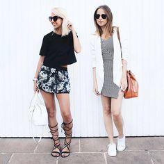 all black&white for a change.  naquela vibe #morri pós carnaval tivemos mini dress listrado, tênis branco, gladiadora e short tropical-gótico. #stylemood