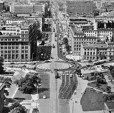 Al. Jerozolimskie / ul. Nowy Świat, lata 60.   (fot. Edmund Kupiecki)