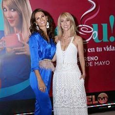 My Queen C and G #Repost @cdementiev ・・・ Que lo primero en nuestra vida empiece siempre con una buena sonrisa @jeloutvn @gaby_gnazzo #hair #ByMyself  #estamosconcarolina