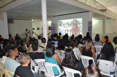 La sede de la Secretaria de la Cultura del Gobierno Bolivariano de Aragua, sirvió de escenario para la presentación de XVII Expresión Audiovisual, evento realizado el pasado 12 de junio, donde exhibió los trabajos fílmicos elaborados por los estudiantes del Programa de Formación de Grado (PFG) en Comunicación Social de la Universidad Bolivariana de Venezuela (UBV) del Eje Geopolítico José Félix Ribas.#UBVRumboAsus13años