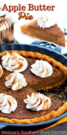 Treat yourself to a big piece of homemade Apple Butter Pie for dessert #applebutterpie #applebutter #applepie #pierecipes #harvestrecipes #fallbaking #pie #desserts #dessertfoodrecipes #southernfood #southernrecipes #thanksgivingdesserts Apple Butter Uses, Homemade Apple Butter, Butter Pie, Layered Desserts, Apple Desserts, Just Desserts, Dessert Recipes, Baking Desserts, Apple Recipes