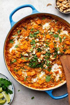 Sweet potato and lentil coconut curry #healthydinner #easydinnerideas #dinnerrecipes