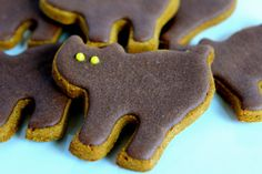 Gourmet Dog Treats Halloween Cat with GrainFree by TreatDreams