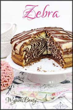 Zebra, czyli pyszna babka w zwierzęcy wzorek :) Cheesy Recipes, Polish Recipes, Sweet Cakes, Chocolate Desserts, Food Design, Cake Recipes, Cake Decorating, Good Food, Food And Drink