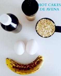 Deliciosos Hot Cakes fáciles de hacer Tiempo de preparación: 15 minutos Porción: 4 hot cakes Receta: 1/2 taza de avena 2 huevos 1 plátano 1 cucharadita de vainilla 1 cucharadita de canela Modo de preparación: 1. Licuar la avenda 2. Agregas el plátano en trozos 3. Agregas los dos huevos 4. Agregar la canela y la vainilla 5. El sartén deberá de esta bien caliente, te recomiendo que uses mantequilla o aceite de coco para evitar que se peguen