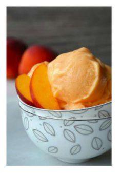 5-Minute Healthy Peach Frozen Yogurt #Food #Drink #Musely #Tip