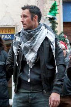Raoul Bova w filmie Pani do towarzystwa Raoul Bova, Beautiful Men, Beautiful People, Asos Fashion, Men Fashion, Style Finder, Fashion Clothes Online, Celebs, Celebrities