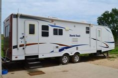 2011 North Trail 31RESS -This thing is like new! Very clean! Has only been use 4 times. Has rear bike rack storage platform. - See more at: http://www.rvregistry.com/used-rv/1006372.htm