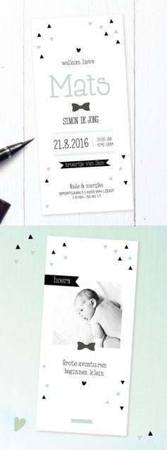 Stoer geboortekaartje jongen met strikje | foto | zwart wit groen | blauw | gedichtje | driehoekjes | baby boy | newborn | baby announcement