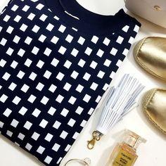 Michael Kors Navy/White Geometric Sweatshirt Details: • Size 2X • Navy and white geometric print • Ponte knit • Rib knit trim • NWT  04011603 MICHAEL Michael Kors Tops Sweatshirts & Hoodies
