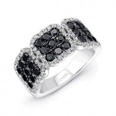 خاتم الماس الاسود... أناقة لا مثيل لها | مجلة هي