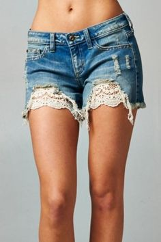 Destroyed Crochet Shorts with an Unfinished hem crochet and lace inset, low rise shorts. One of our biggest sellers, these shorts don't disappoint! Diy Shorts, Diy Jeans, Crochet Shorts, Crochet Lace, Denim And Lace, Lace Jean Shorts, Lace Jeans, Kleidung Design, Denim Crafts