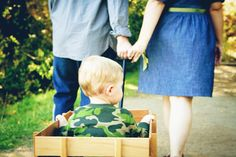 Family Photo - <3 Wagons * Galleries - Dreaming Tree Photography
