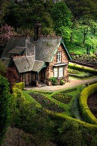 A hobbit house?