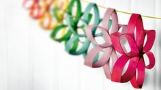 Make this #simple and #beautiful #flower #chain! || #Arts and #crafts for #6 to #8 #year #olds