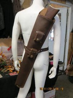 Leather Quiver, Custom Leather Holsters, Leather Tooling, Rifle Bag, Arm Guard, Kydex Holster, Hunting Clothes, Leather Pattern, Leather Projects