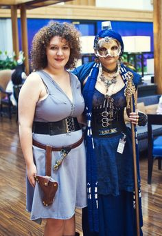 Best TARDIS cosplay ever http://fc03.deviantart.net/fs71/i/2012/256/8/f/steampunk_tardis_and_river_song_by_nbetween-d5ej57k.jpg