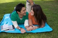 fun ideas for dates on a college budget