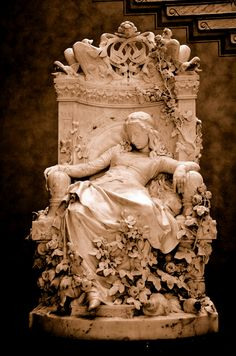 Sleeping Beauty statue by Louis Sussmann-Hellborn