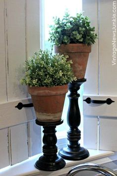 The Ultimate One Minute Craft DIY Topiary Pillars- great way to add a Terra cotta, earthy feel to living room
