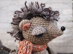 Findus the Hedgehog #FreeCrochetPattern I want one fly Cricket.