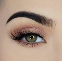 With our magnetic eyeliner, lashes immediately stick on. No need for glue and it's long lasting. Check out our magnetic eyeliner + eyelashes kit in the bio. Makeup Eye Looks, Makeup For Green Eyes, Cute Makeup, Pretty Makeup, Skin Makeup, Eyeshadow Makeup, Clown Makeup, Halloween Makeup, Scarecrow Makeup