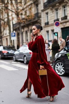 See all the most covetable street style looks from Paris Fashion Week. #streetstylefashion,