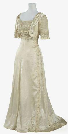 "Evening Dress: ca. 1905-1909, silk satin. ""This dress..."