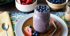 Meal Replacement Green Smoothie Recipe Beverages with kale, almond milk, berries, bananas, rolled oats, almond butter