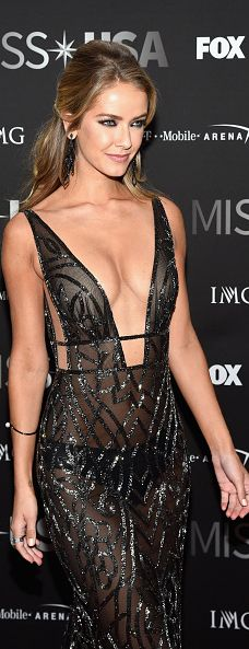 Stunning Miss Universe runner up Olivia Jordan in a black #BERTA couture
