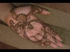 Learn how to draw a paisley design with henna with expert henna tattoo and body art tips in this free beauty video clip. Description from wn.com. I searched for this on bing.com/images